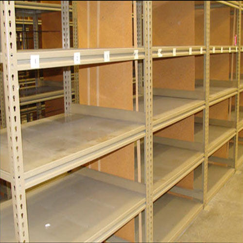 Metal Shelving System In Tuting