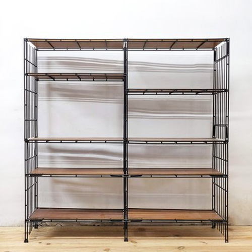 Modular Shelving In Tuting